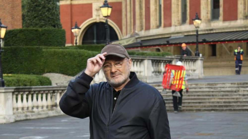 Phil Collins vor der Royal Albert Hall in London. Foto: Philip Dethlefs