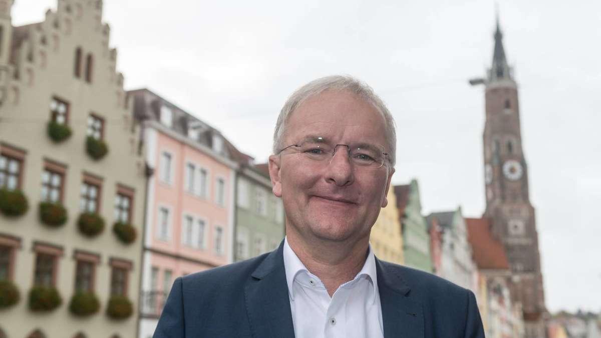 fdp mann alexander putz wird neuer oberb rgermeister in landshut bayern. Black Bedroom Furniture Sets. Home Design Ideas