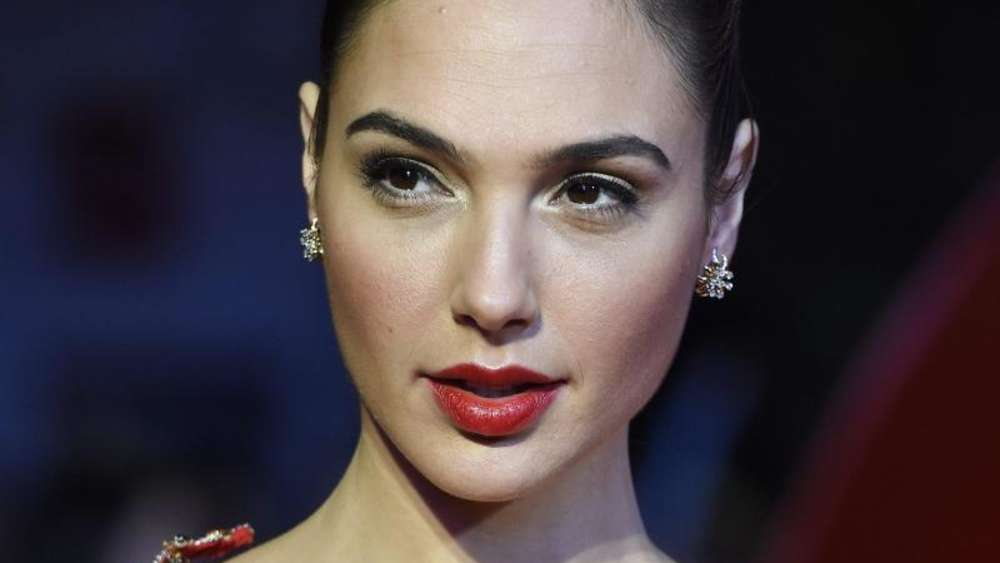 "Gal Gadot bei der Europa-Premiere des Films ""Batman v Superman: Dawn of Justice&#39 in London. Foto: Facundo Arrizabalaga"