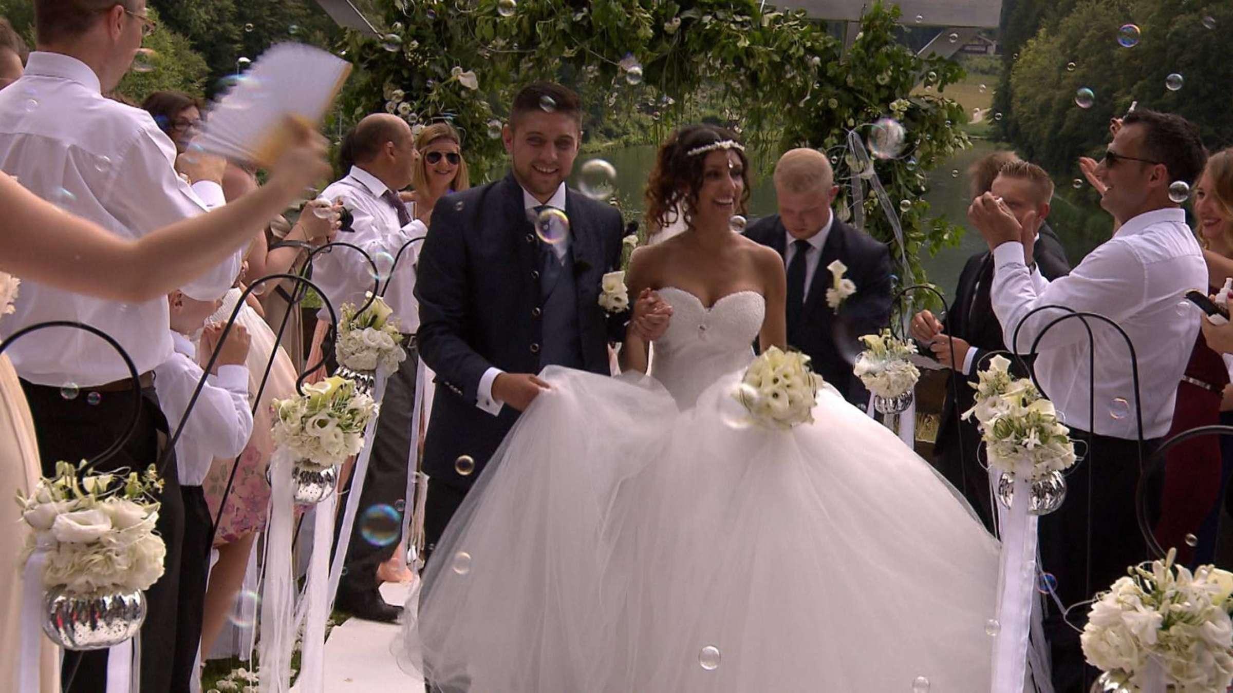 4 Hochzeiten Und Eine Traumreise Vox Dreht Sendung Am