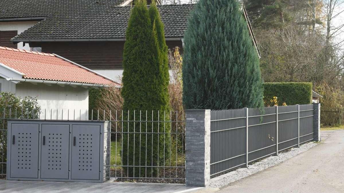 Erlkam Holzkirchner Bauausschuss beschließt Abriss von Metallzaun