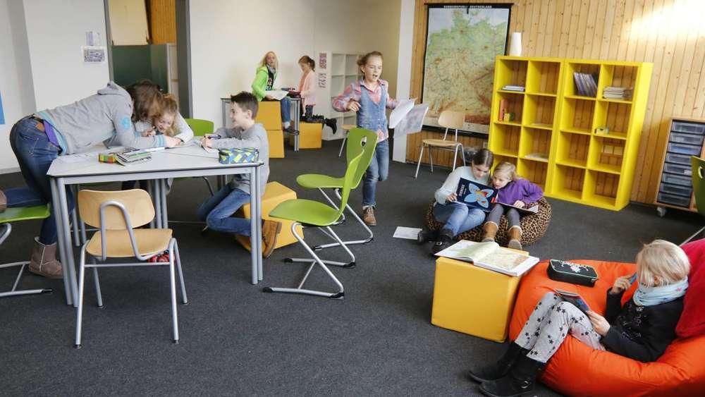 gymnasium geretsried lerninseln als neues p dagogik modell geretsried wolfratshausen. Black Bedroom Furniture Sets. Home Design Ideas