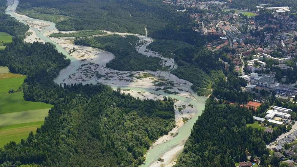 Isar in Geretsried: Hochufer droht abzurutschen | Geretsried