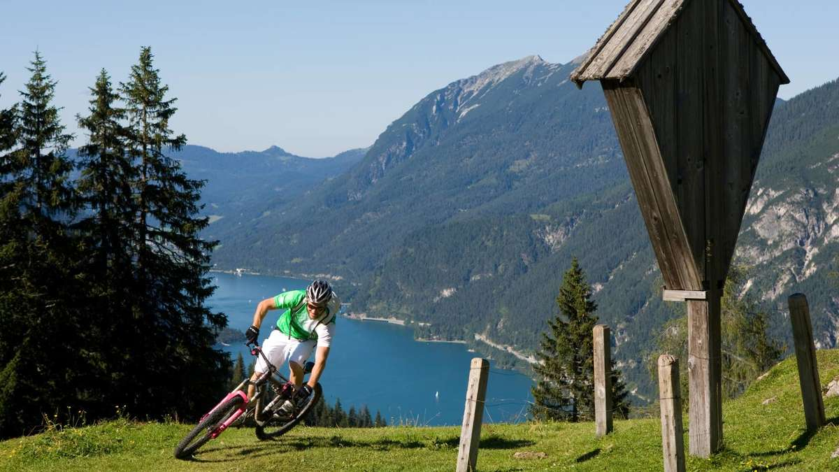 mountainbike festival was hat achensee was tegernsee nicht hat tegernsee. Black Bedroom Furniture Sets. Home Design Ideas