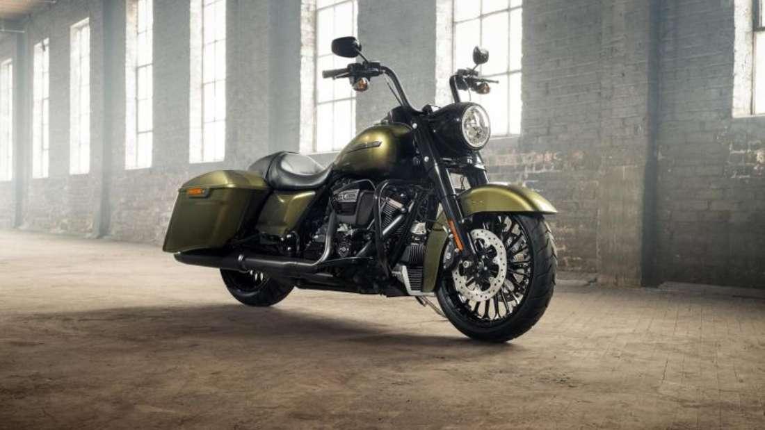 Ab März zu Preisen ab 25 255 Euro zu haben: die neue Harley-Davidson Road King Special. Foto: Harley-Davidson