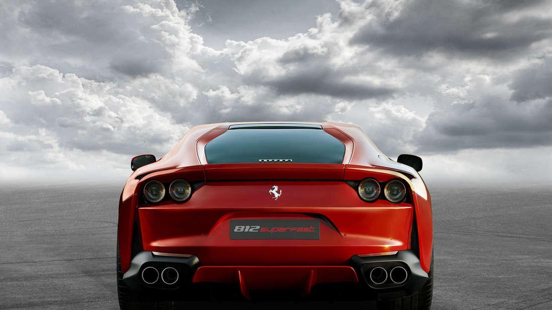 Ferrari 812 Superfast mit 800 PS feiert Weltpremiere in Genf.