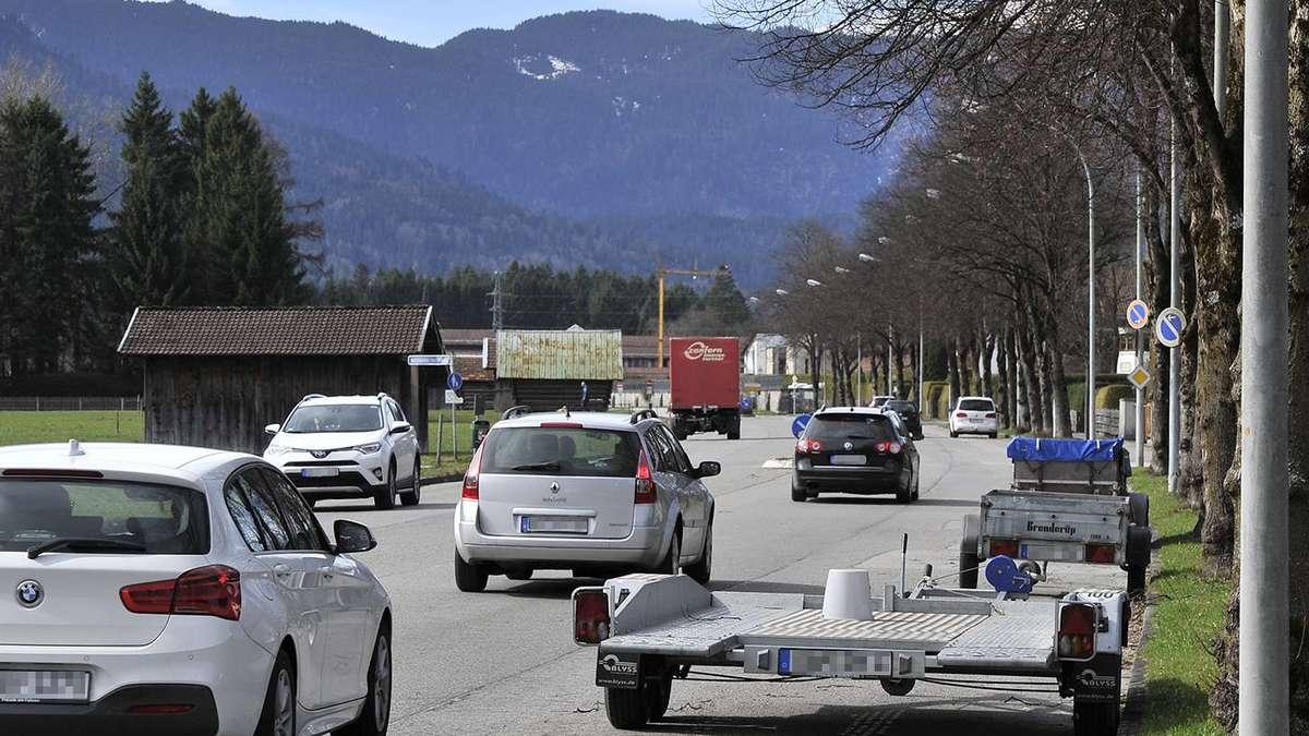 Runter vom Gas an der St.-Martin-Straße   Garmisch-Partenkirchen