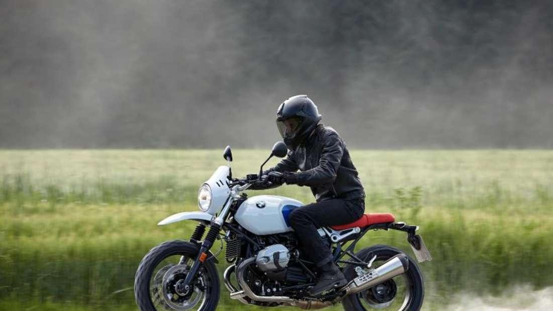 Motorrad im Custom-Stil: Für die R-nineT-Reihe bietet BMW ein großes Zubehörprogramm an. Foto: BMW/dpa-tmn