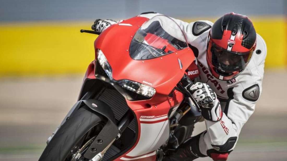 Bei den Supersportlern wie der Ducati 1299 Superleggera steht die Dynamik unverkennbar im Vordergrund. Foto: Ducati/dpa-tmn