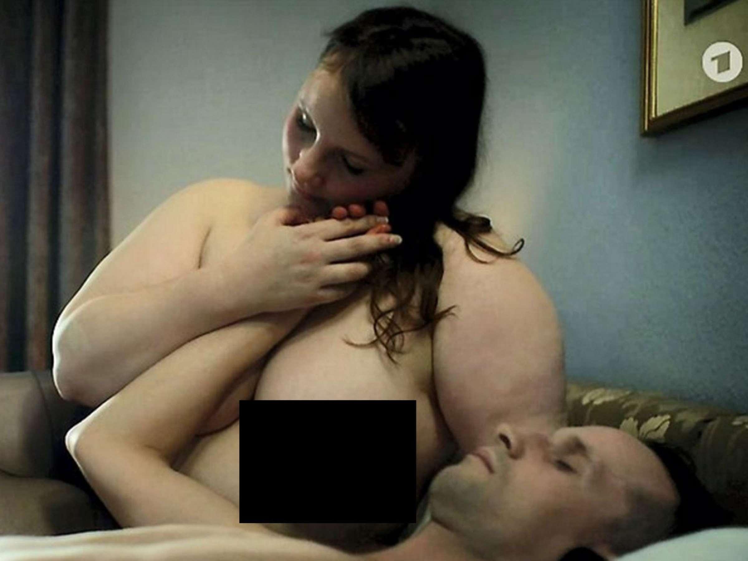 Nackt tatort svenja hermuth Hüllenlos im