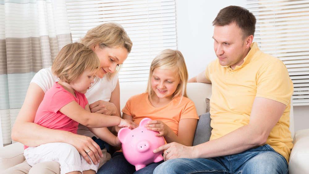 mit diesen zehn tipps sparen sie viel geld im alltag geld. Black Bedroom Furniture Sets. Home Design Ideas