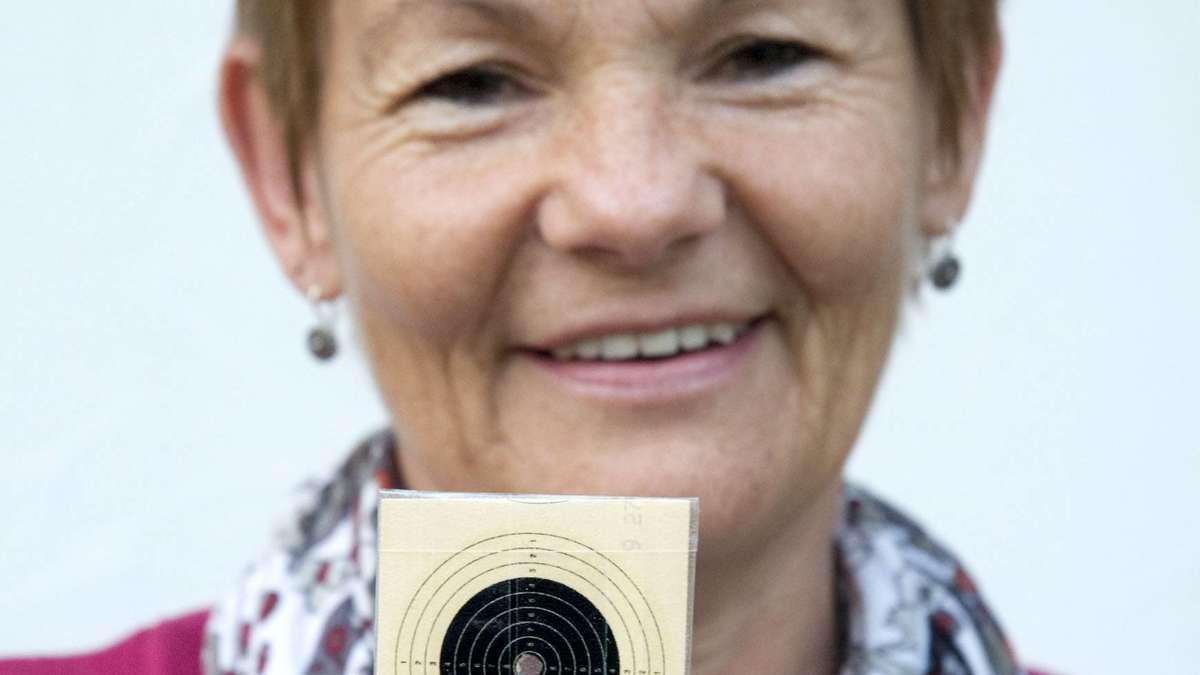 Brigitte Svobodny erzielt Traum-Ergebnis beim Schießen: Über 0,0-Teiler ... - Merkur.de