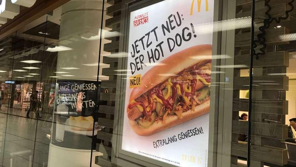 mcdonald s verkauft jetzt hot dogs geheimer produkttest in elf deutschen st dten mcdonalds. Black Bedroom Furniture Sets. Home Design Ideas