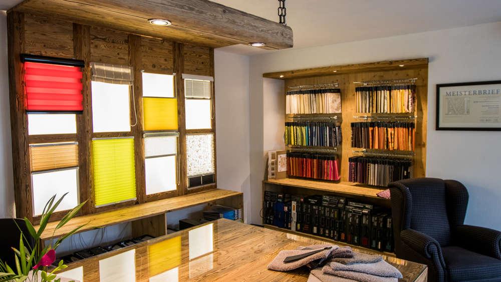 raumkontrast die kombination aus tradition und moderne miesbach. Black Bedroom Furniture Sets. Home Design Ideas