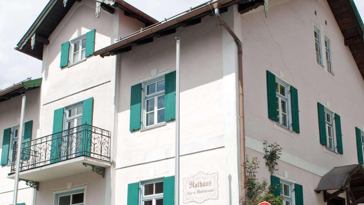 Sanierung des Bad Bayersoier Rathaus startet in Kürze