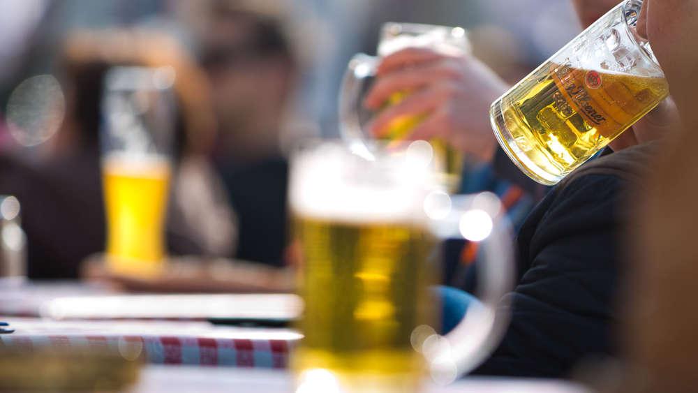 Diese 13 Anzeichen Verraten Ob Sie Zu Viel Alkohol Trinken Gesundheit