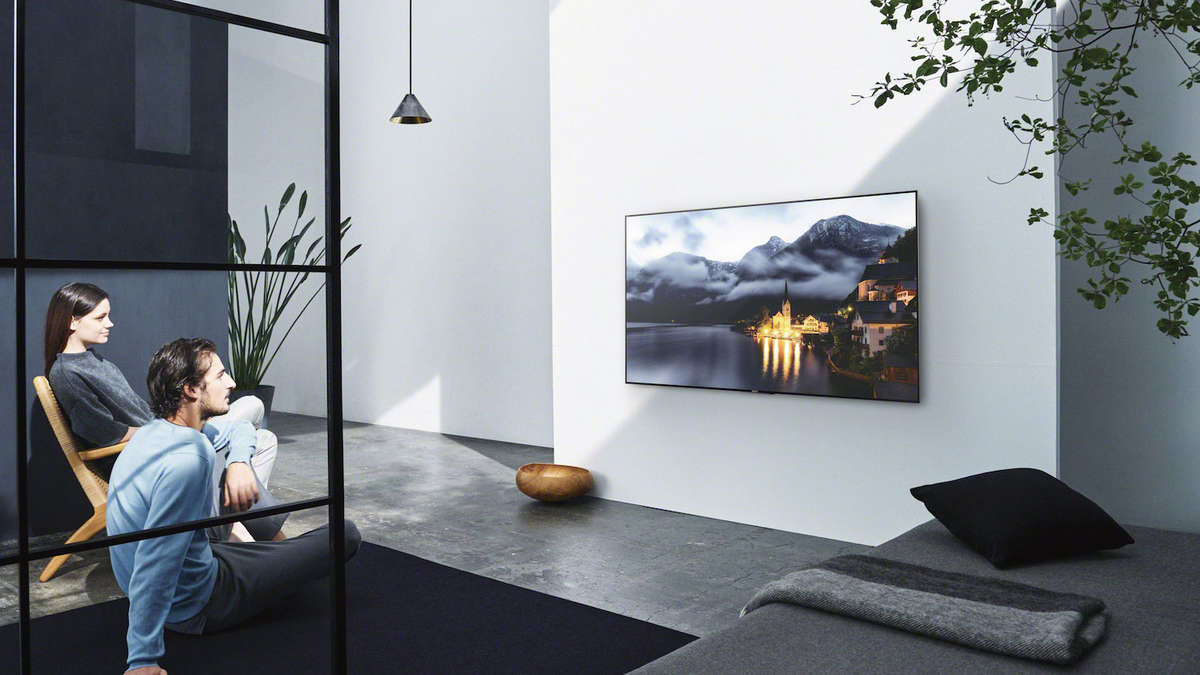 65 zoll fernseher im test multimedia. Black Bedroom Furniture Sets. Home Design Ideas