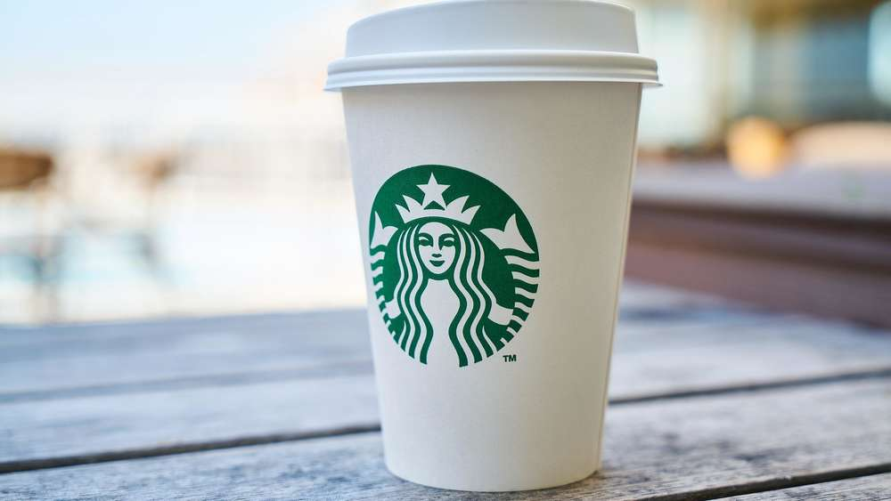 Forscher finden Fäkalbakterien in Starbucks-Getränken   Genuss