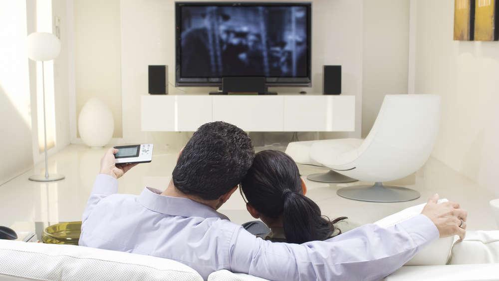 klein aber oho das sind die besten 40 zoll fernseher im test geld. Black Bedroom Furniture Sets. Home Design Ideas