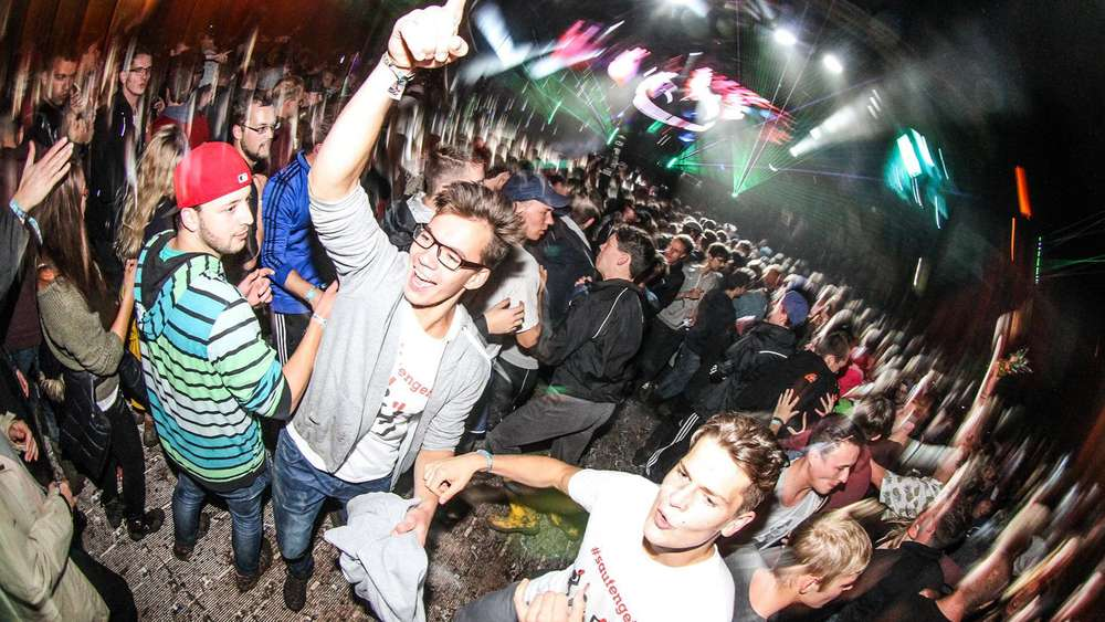 Utopia Island in Moosburg: Techno, Rap & Co. in Gummistiefeln