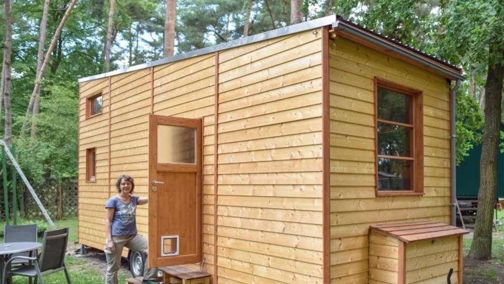tiny house wohnen im mini eigenheim wohnen. Black Bedroom Furniture Sets. Home Design Ideas