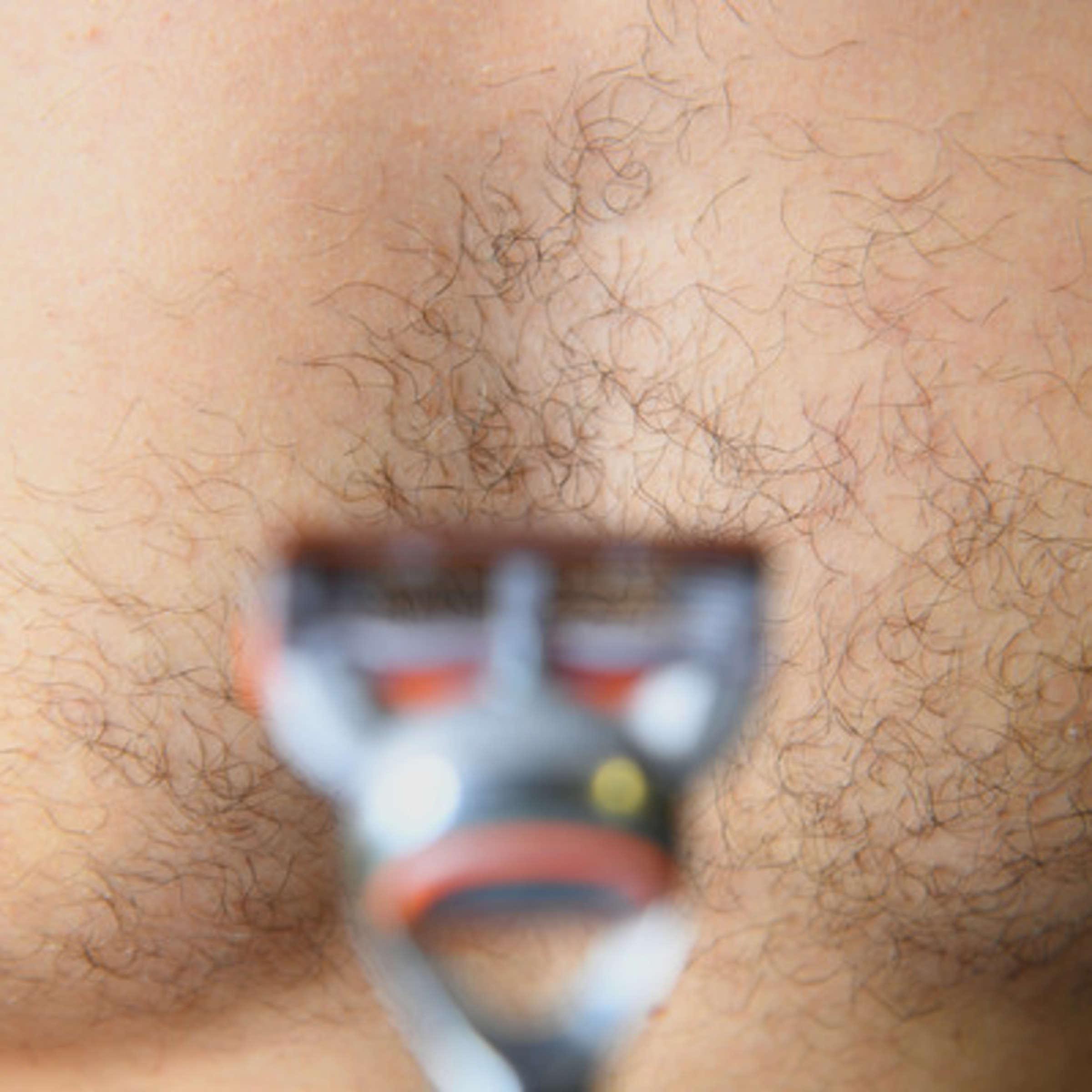 nackte frauen rasieren schamhaare