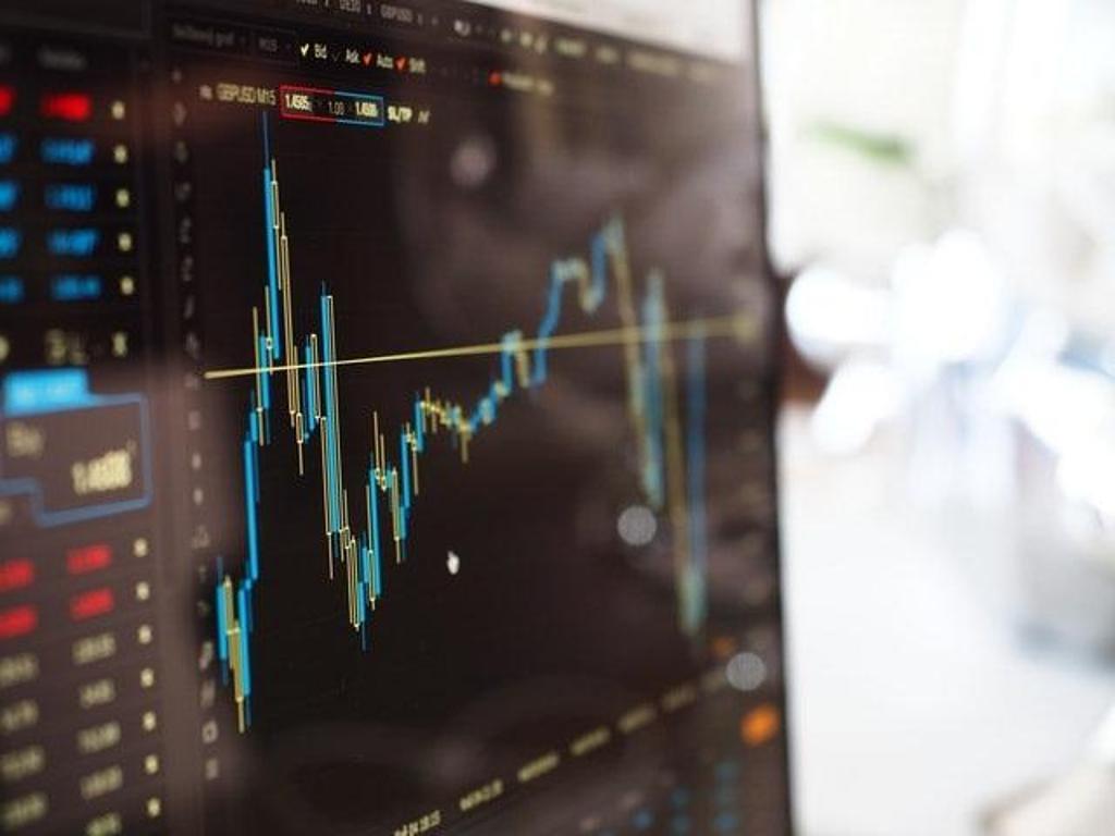 Wie investiere ich in kryptowährung?