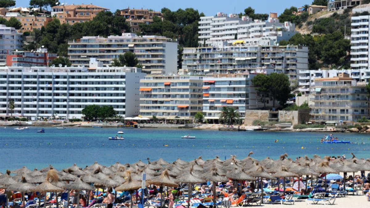 Fiese durchfallmasche von touristen auf mallorca reise for Design hotels auf mallorca