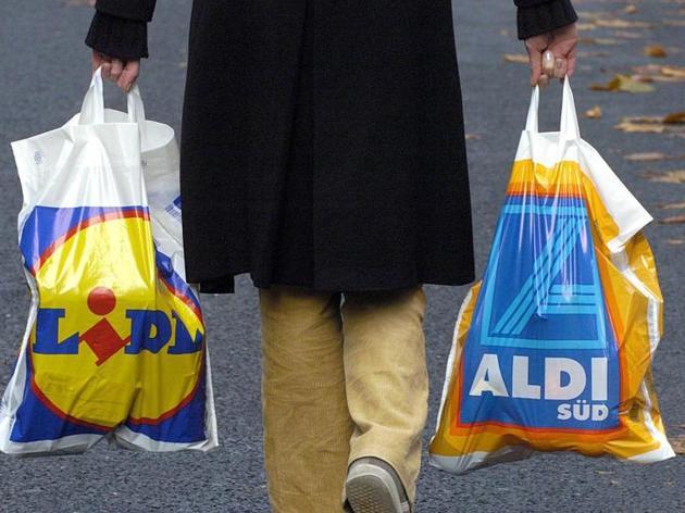 Gehalt: Wie viel verdient man bei Lidl und Aldi?