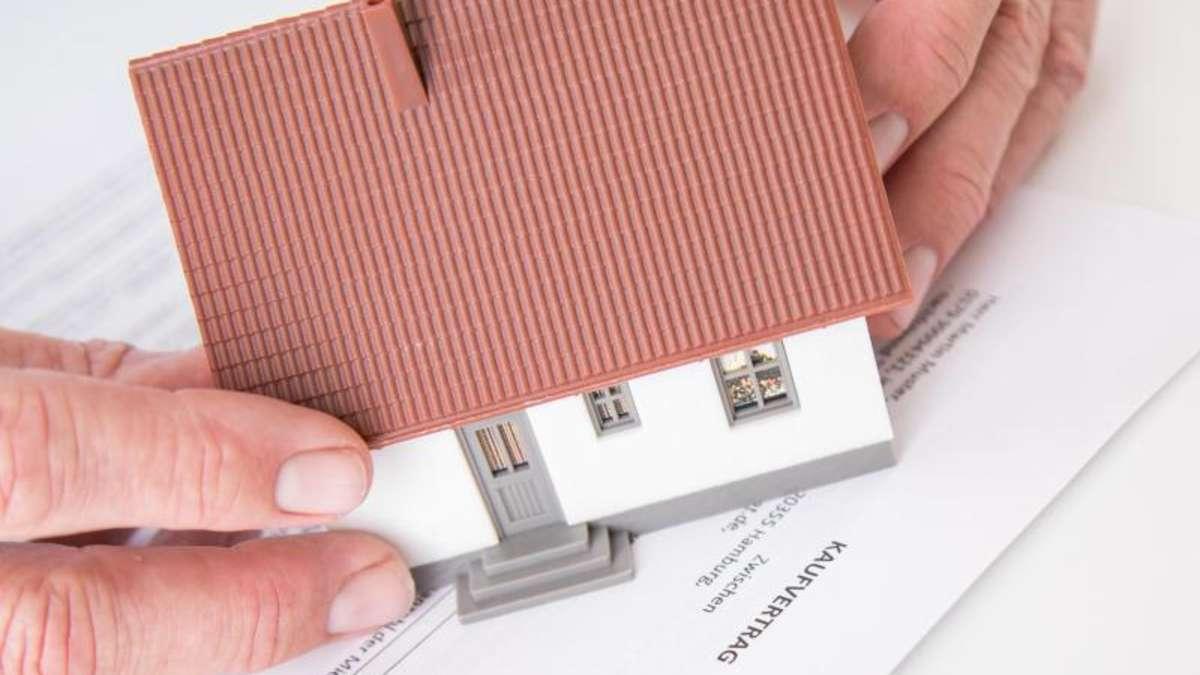 doppelt aufpassen fallstricke im vertrag beim hauskauf wohnen. Black Bedroom Furniture Sets. Home Design Ideas