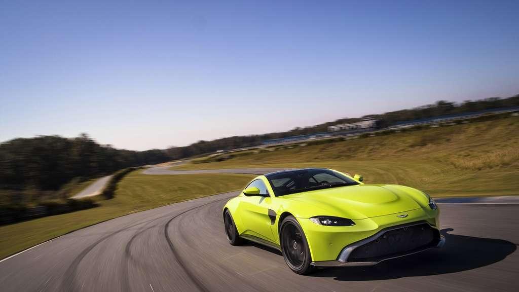 Aston Martin präsentiert seinen neuen Vantage.