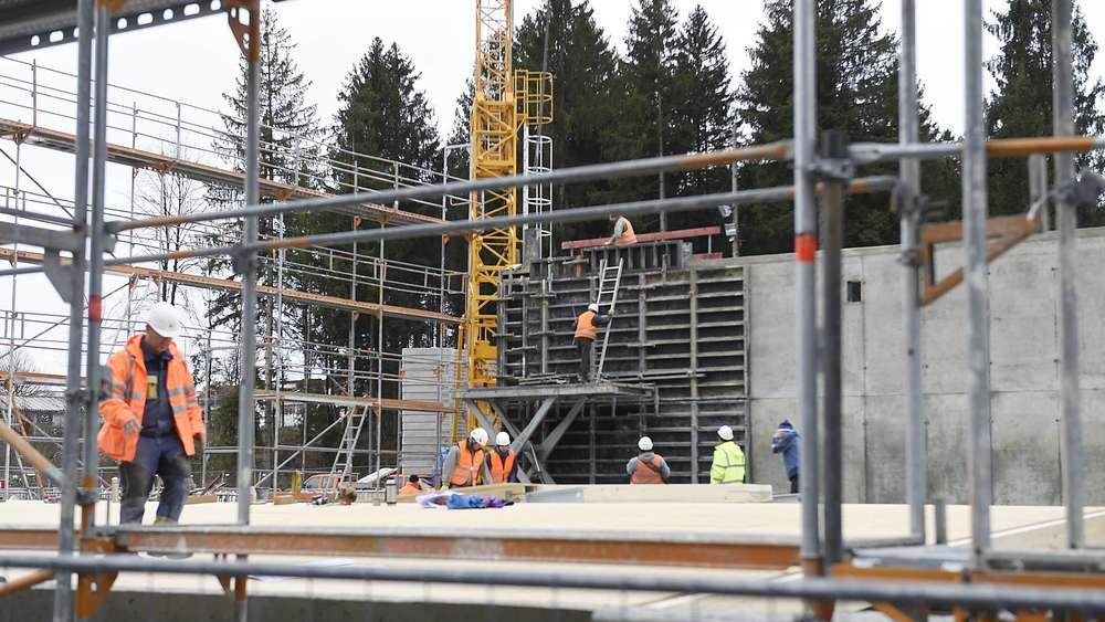 Trotz Kosten-Explosion: Holzkirchen Will Mit Geothermie Millionen