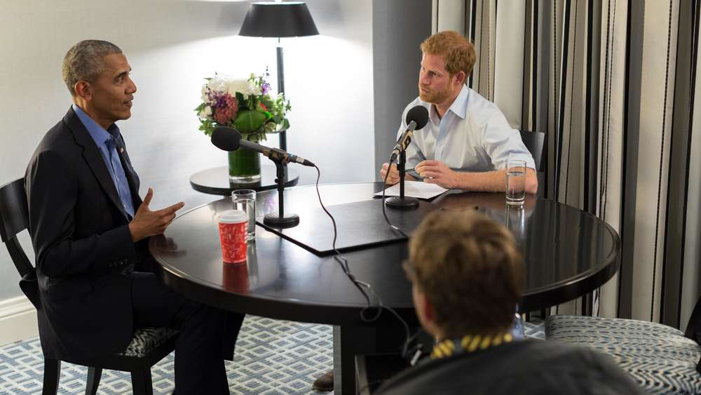 Prominenter Interviewer, prominenter Befragter: Prinz Harry (r.) mit Ex-US-Präsident Barack Obama.