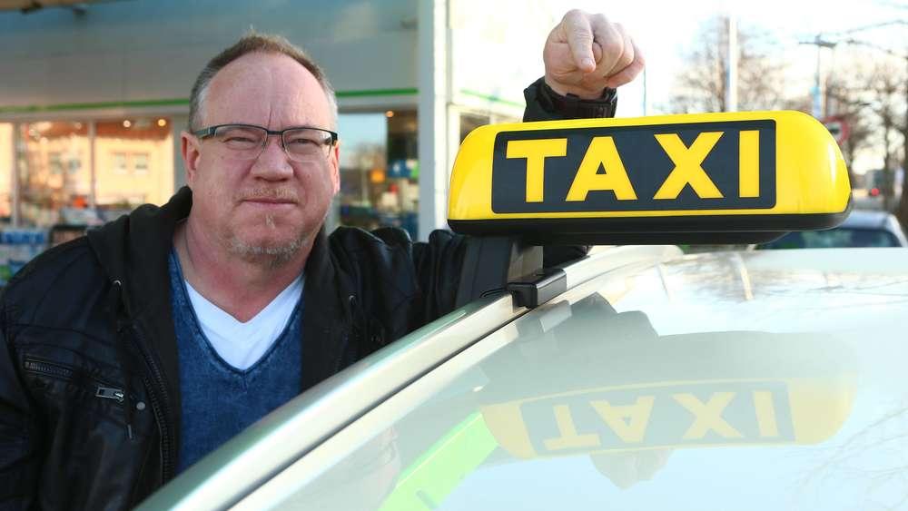 Reagieren VorsichtWenn Das Taxischild Schnell BlinktSollten Sie nOvm80wyN