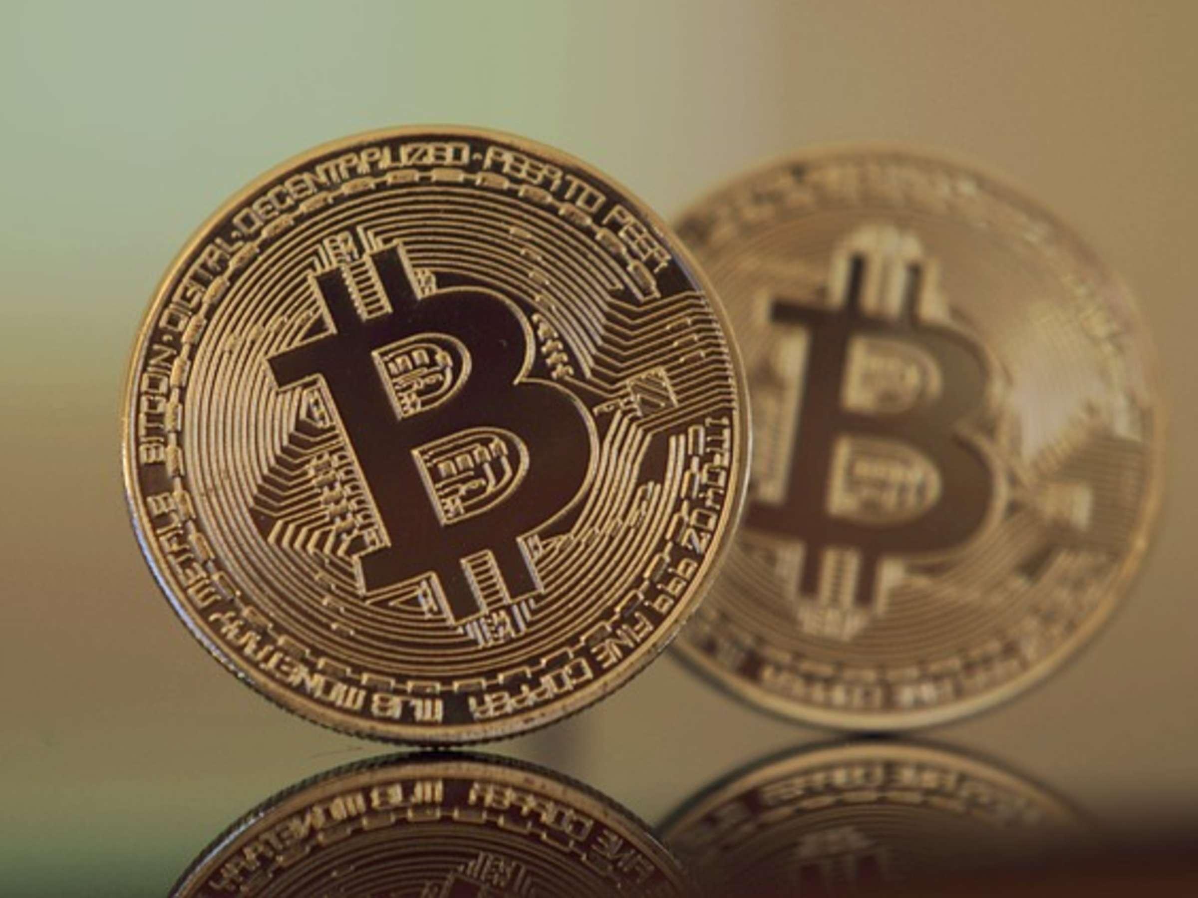 bitcoin kaufen wer bekommt das geld bitcoin über bitfinex kaufen wo wird robinhood crypto gehandelt?