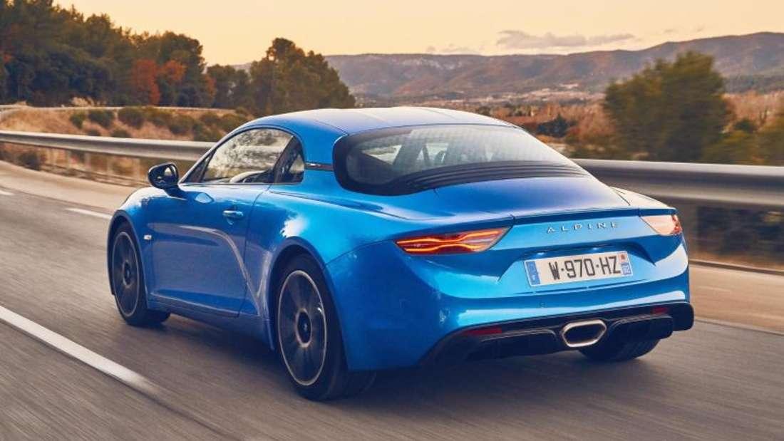 So reicht dem Zweisitzer ein 1,8-Liter-Motor mit 185 kW/252 PS für spektakuläre Beschleunigungswerte. Foto: Renault/dpa