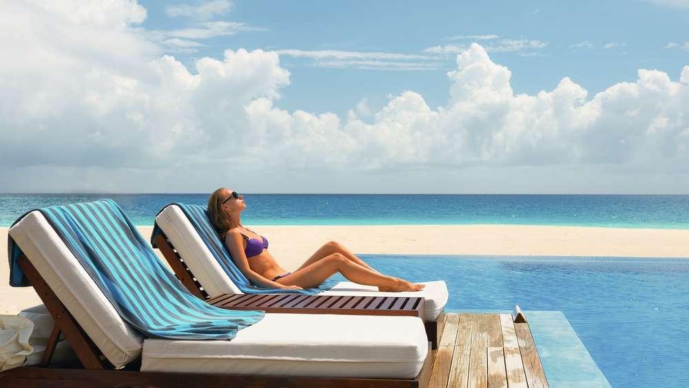 Sonnenliegen In Hotels Vorab Buchbar Würden Sie Dafür Zahlen Reise