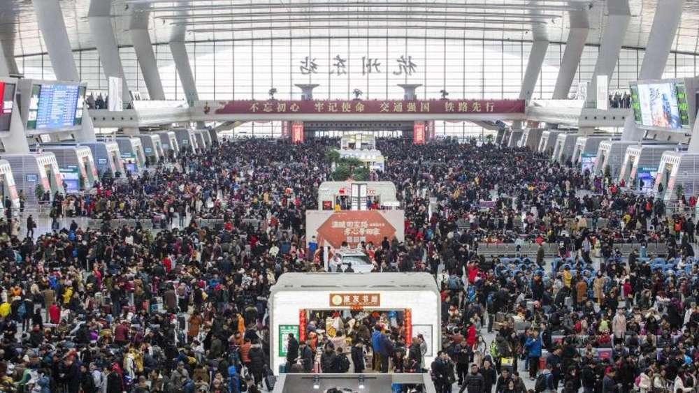 Neujahr in China: Größte Reisewelle der Welt läuft | Welt