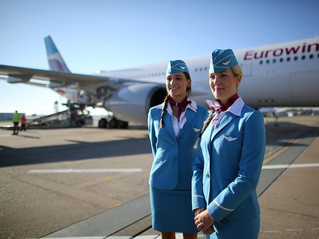 Mit dieser ungewöhnlichen Stellenanzeige sucht eine Airline Stewardessen