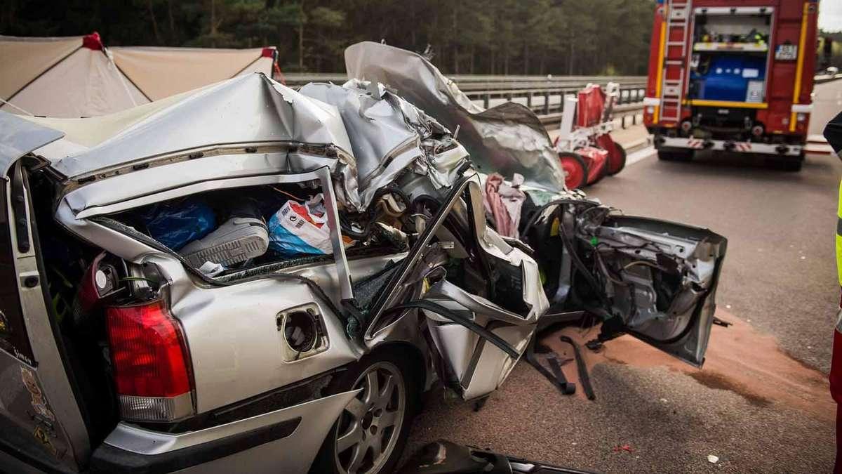Unfall A6 Amberg