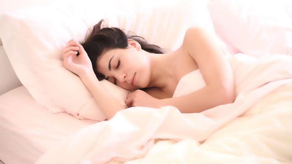 Wenn Sie Gesund Bleiben Wollen Schlafen Sie Ab Sofort Ohne Kissen
