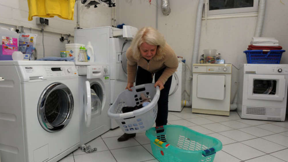 Favorit Wie voll darf ich eigentlich meine Waschmaschine beladen? | Wohnen MJ34