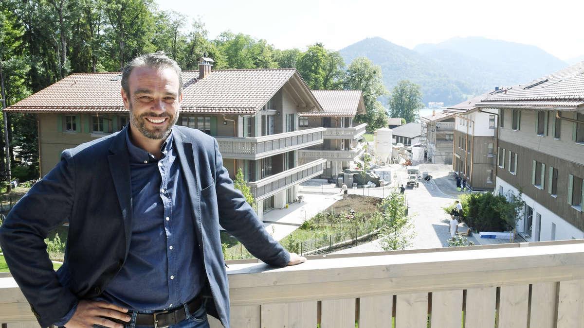 Lange umstrittene Luxus-Anlage wird bezogen: Ein Besuch bei den Tegernsee Villen