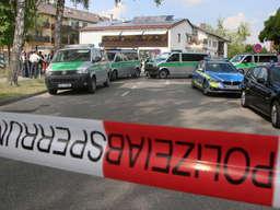 Großeinsatz der Polizei am Mittwoch in Waldkraiburg. Asylbewerber randalierten in einem Gebäude.