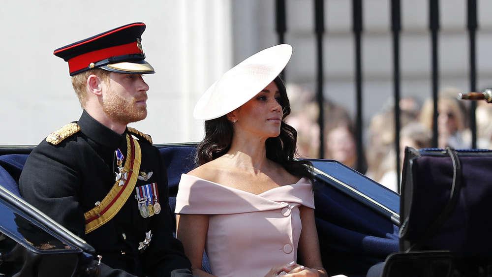 Queen Elizabeth Ii Feiert Geburtstag Herzogin Meghan Und Prinz