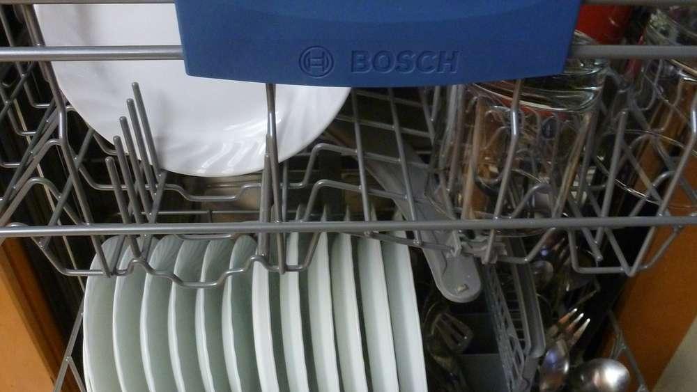 Spülmaschine reinigen: Mit einfache Putz-Tipps ist sie ganz ...