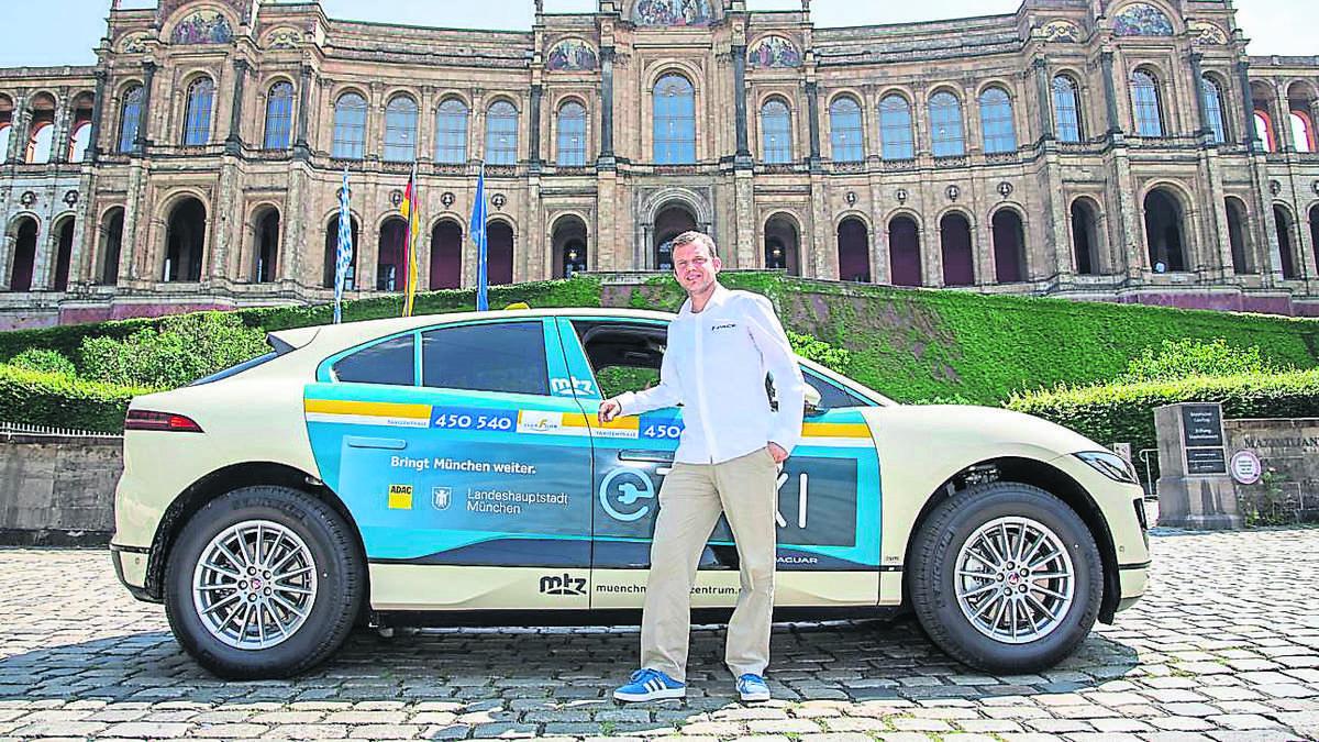 elektro power f r m nchen e taxi flotte in deutschland geht an den start m nchen. Black Bedroom Furniture Sets. Home Design Ideas