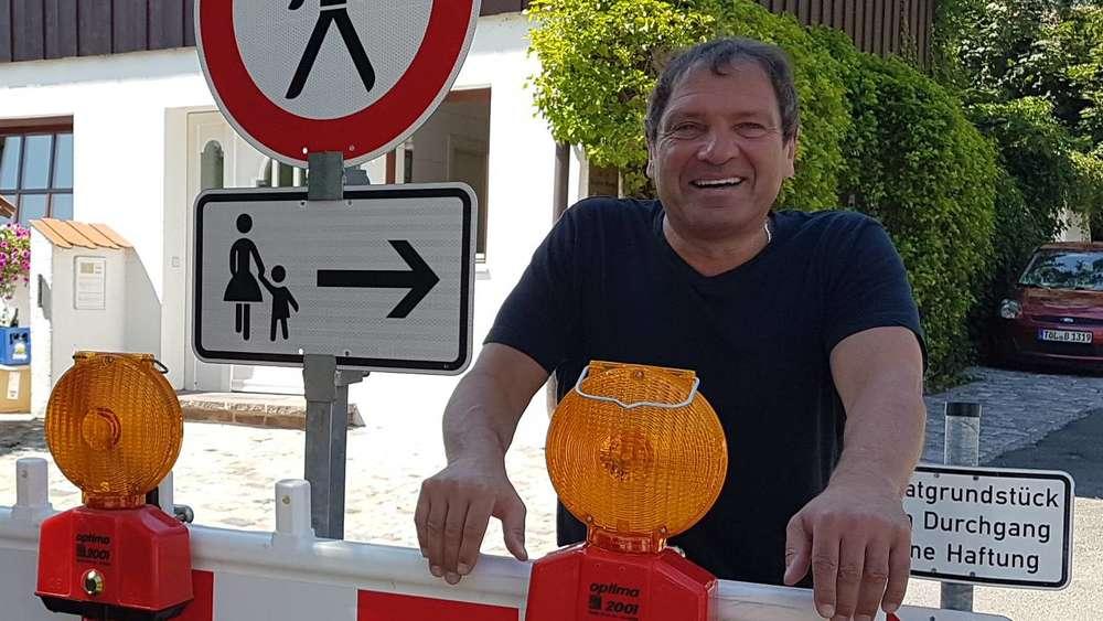 Fußgänger müssen an der Oskar-Schüler-Straße in Tutzing die Seite ...