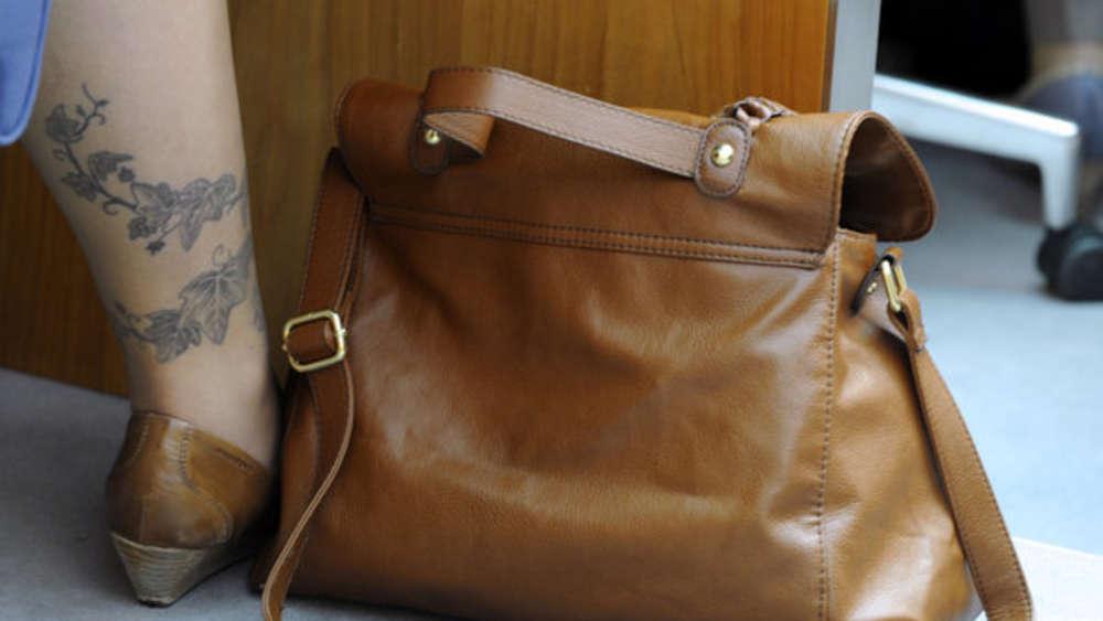 Leder Reinigen Mit Hausmitteln Sofa Tasche Schuhe Sauber
