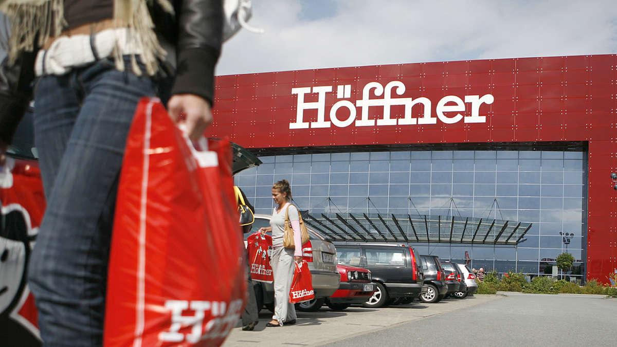 Möbel Höffner Kauft Finke Auf Und Sticht Dabei Xxxlutz Auf Wirtschaft